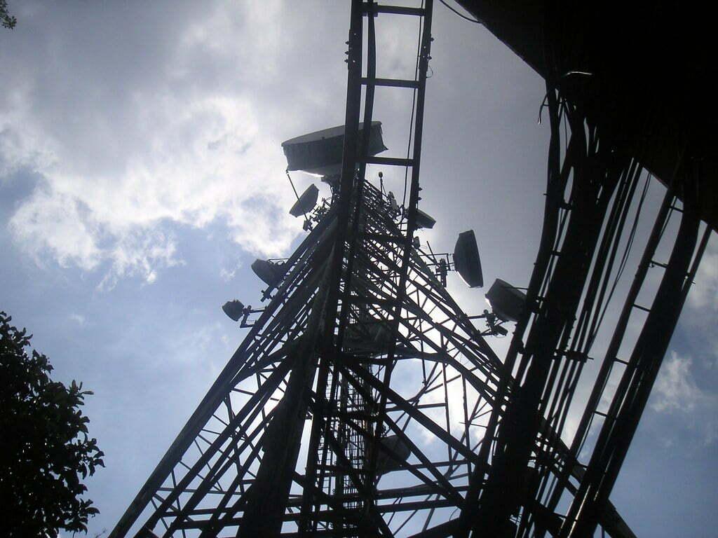 Torre de comunicación de una red inalámbrica CDMA.