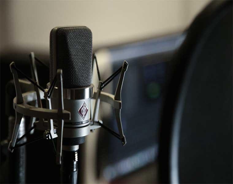 Los Mejores Micrófonos para Streaming